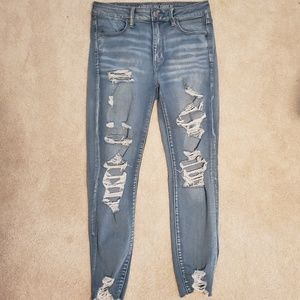 AE Light Wash Distressed Hi Rise Jegging Jeans